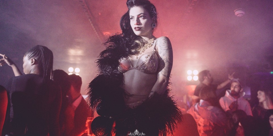 Cirque Le Soir Dress Code