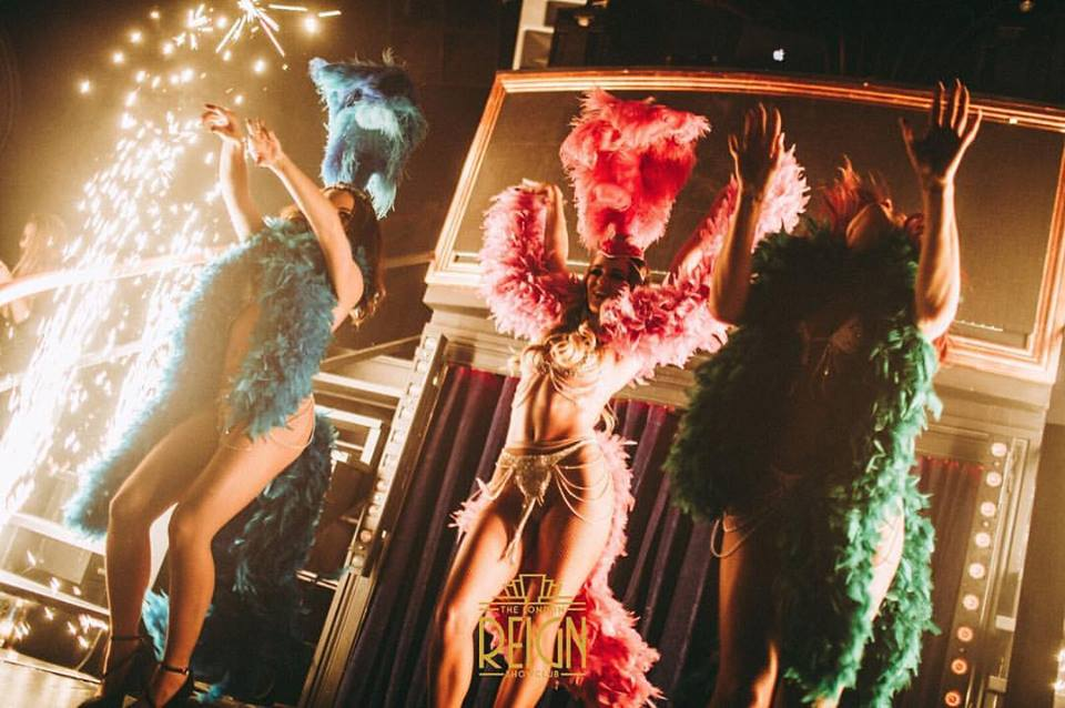 Reign showclub's modals dancing on ramp at reign