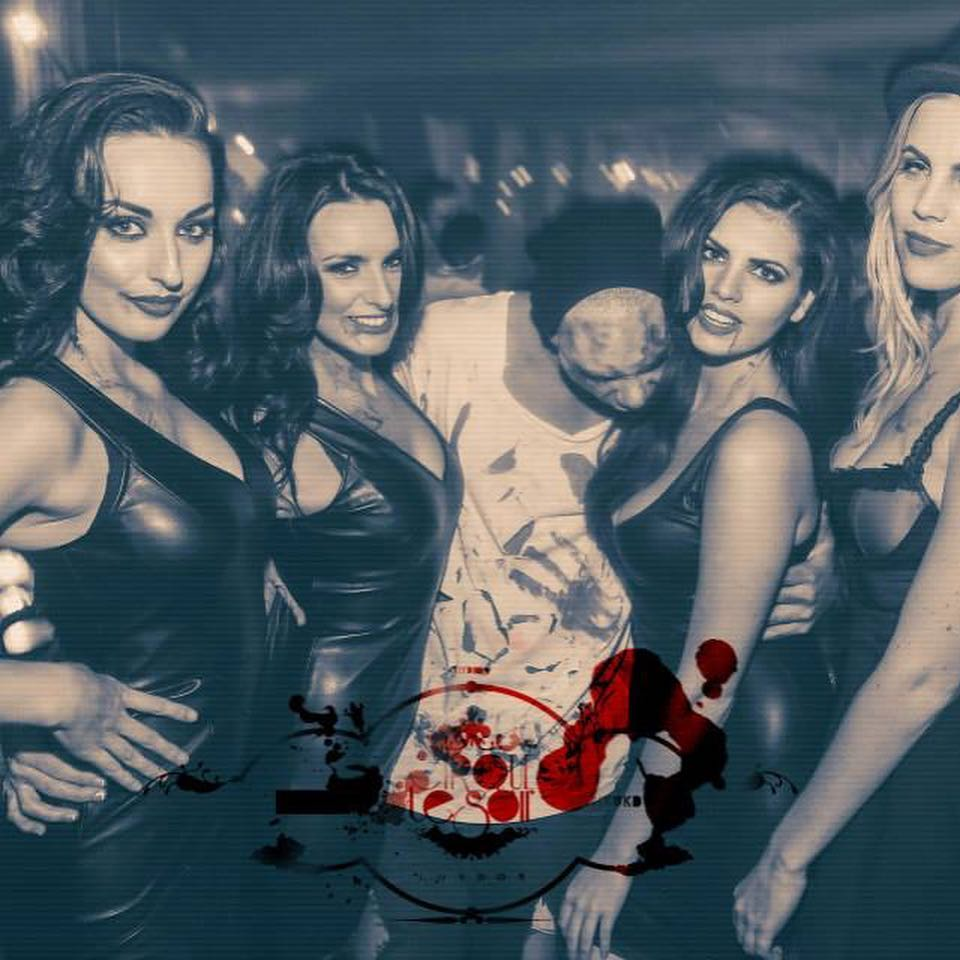 cirque le soir halloween party