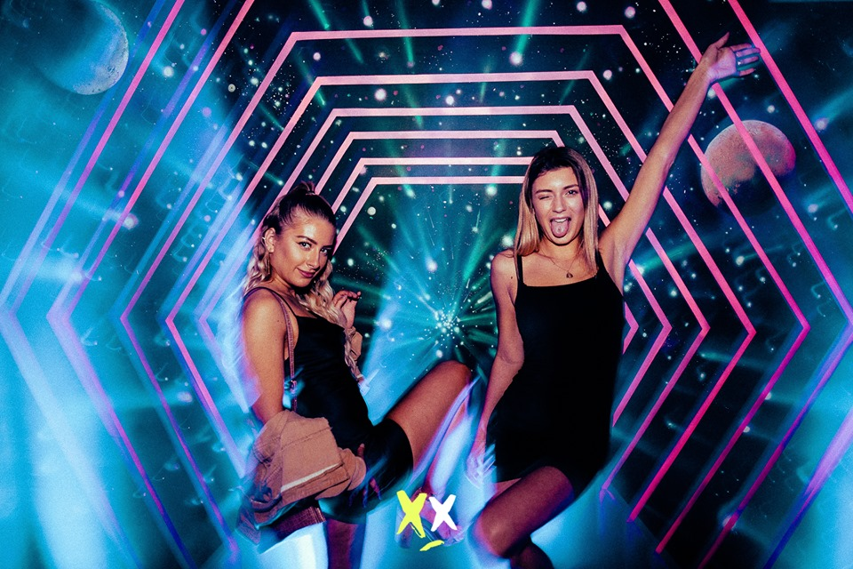 saturday party at luxx